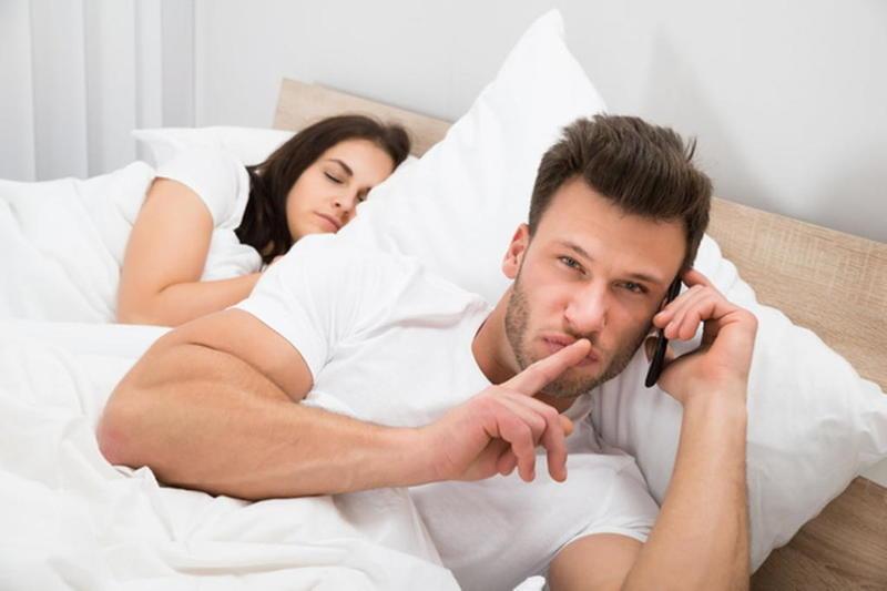 نفسية الزوجة بعد الخيانة - المرشد - Marital Infidelity
