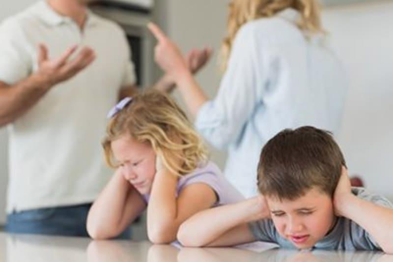 أنواع المشاكل الأسرية - المرشد - Types of Family Problems